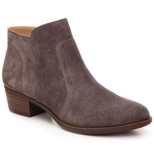 Lucky Brand Breck Western Gray Suede Booties 8